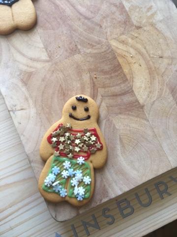 sainsburys-christmas-gingerbread-man