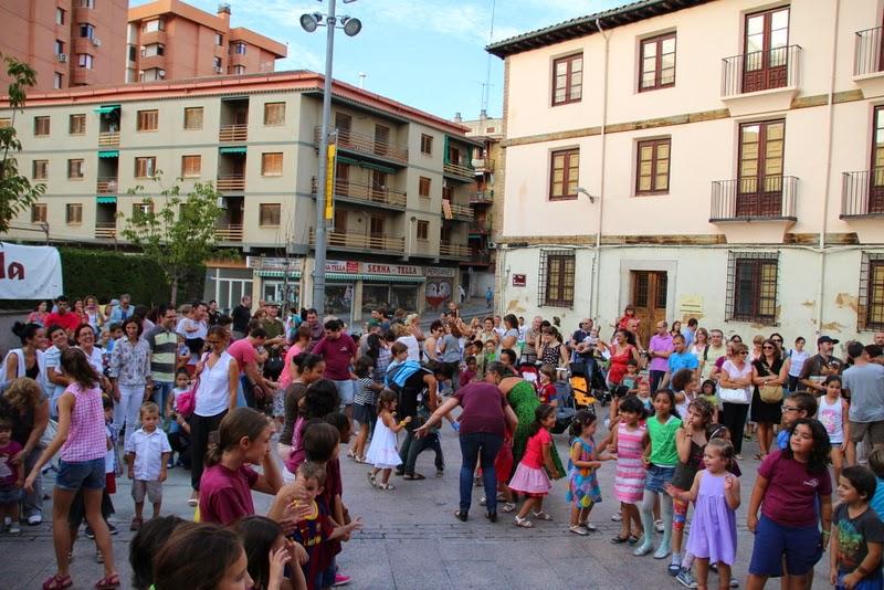 Festa infantil i taller balls tradicionals a Sant Llorenç  20-09-14 - IMG_4314.jpg