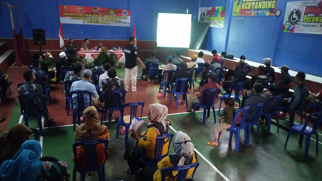 Satreskrim Narkoba Polres Purwakarta Bekerjasama dengan Apdesi Sosialisasikan P4GNdi beberapa Desa