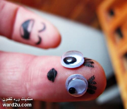 الاصابع المرسومة الضاحكة شخصيات متعددة