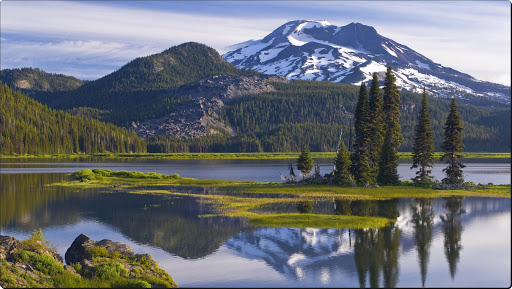 Sparks Lake, South Sister Peak, Deschutes National Forest. Oregon.jpg