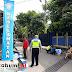 Satlantas Polres Sukabumi Lakukan Pengecetan Marka Jalan di Kampung Tertib Lalu-lintas