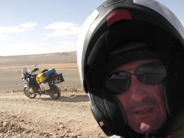 Marrocos e Mauritãnia a Queimar Pneu e Gasolina - Página 9 DSCF1069