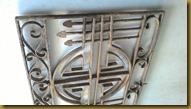 Hiasan klasik unik bekas rumah tempo doeloe
