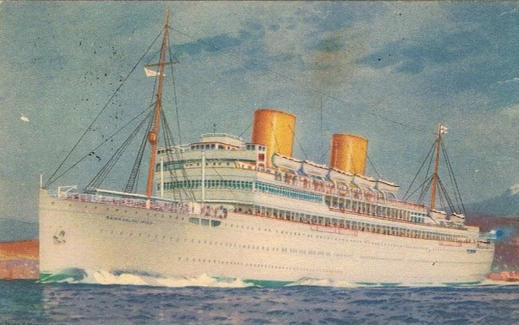 1- La llegada del REINA DEL PACIFICO supuso una revolución en los servicios de pasajeros bajo bandera britanica. Colección Arturo Paniagua.jpg