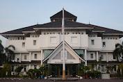 "Oktober , "" Jangan Main Mata Petugas Desa Di Kabupaten Karawang """