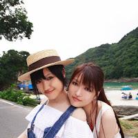 [BOMB.tv] 2009.11 The Miura Sisters 三浦家 三浦葵、三浦萌 Bomb_tv_2009_11_The_Miura_Sisters.jpg