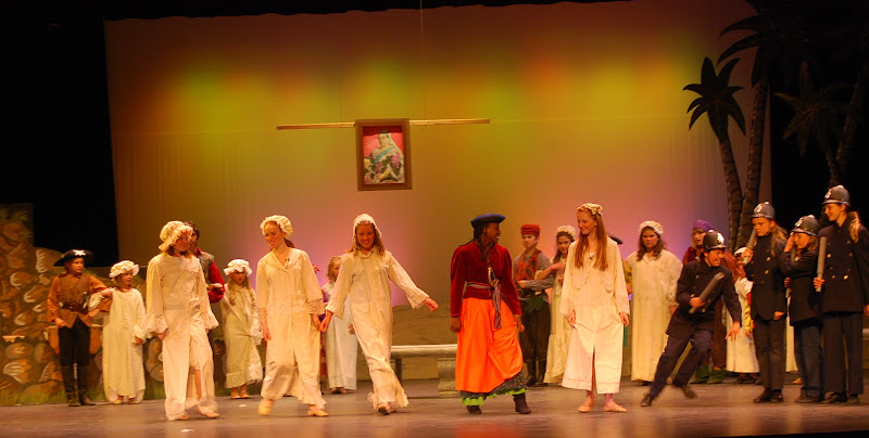 2012PiratesofPenzance - DSC_5985.JPG