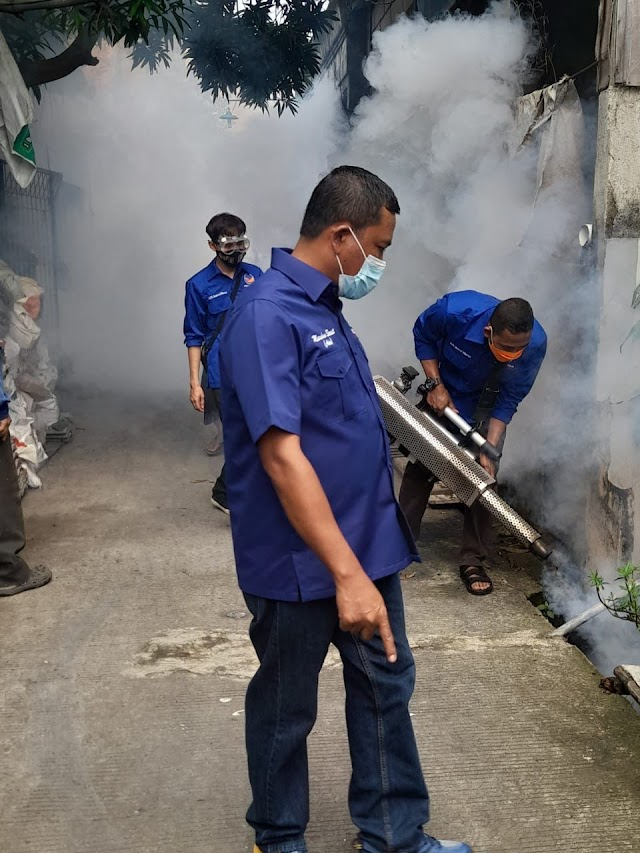 Giat Fogging Partai Nasdem Dpc Bekasi Utara Dalam Program Nasdem Peduli