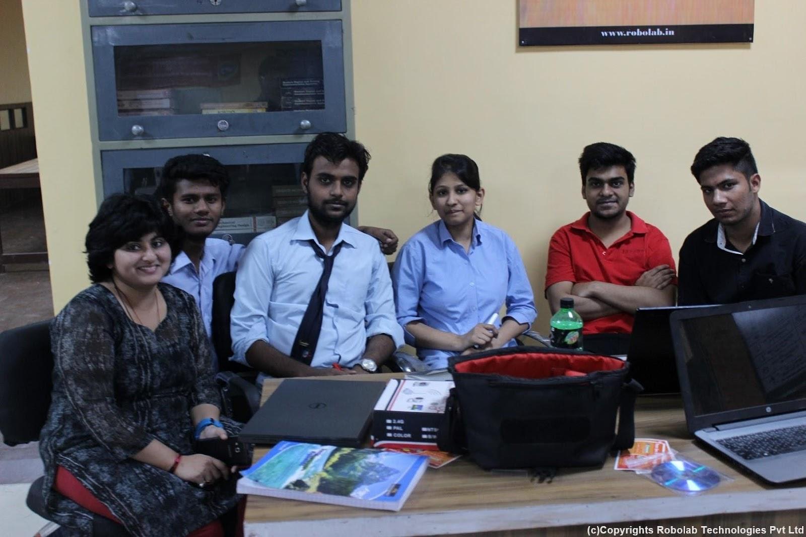 SunderDeep Group of Institutions, Ghaziabad Robolab (34).jpg