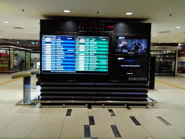 display board skypark subang
