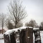 Dedans-la-terre-main-sous-la-neige.jpg