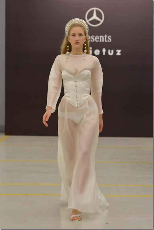Mercedes-Benz presents Sudi Etuz (2)