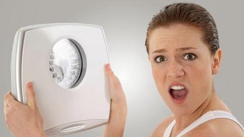 naiknya berat badan diakibatkan oleh PCOS