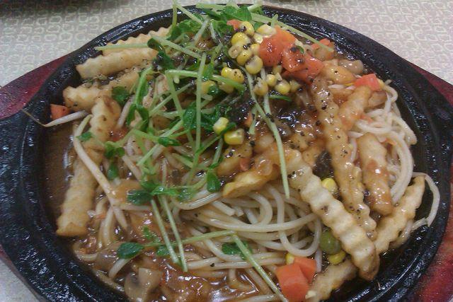 【板橋】全慧素食。火鍋。鐵板燒 - 小品~就是愛旅行