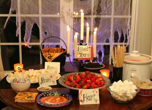 Halloween party food ideas the blood bar emily leyland for Food bar party ideas