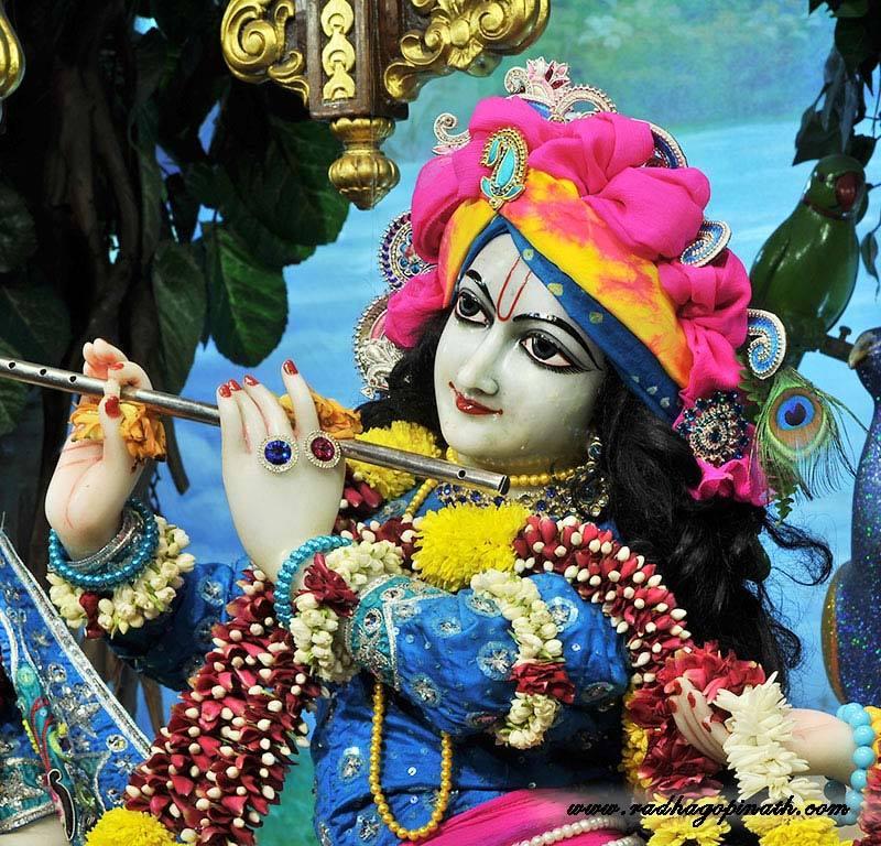 ISKCON Chowpatty Deity Darshan 18 Dec 2015 (17)