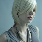simples-medium-hairstyle-067.jpg