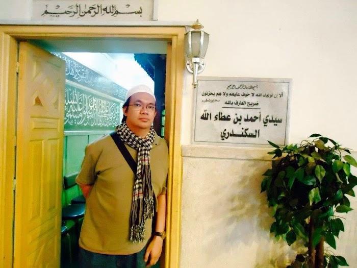 Tegaknya Masjid (dan Robohnya Ukhuwah Kami)!
