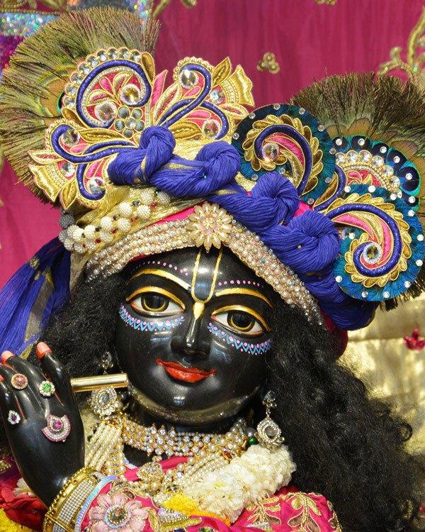 ISKCON Ahmedabad Deity Darshan 12 Mar 2016 (11)