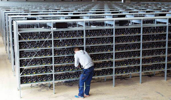 Bitcoin Mining Favors The Rich and Criminals