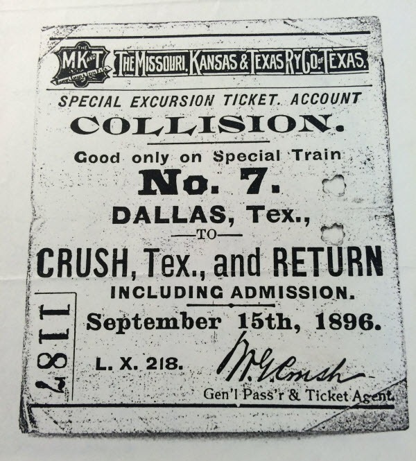 train-crash-crush-texas-1