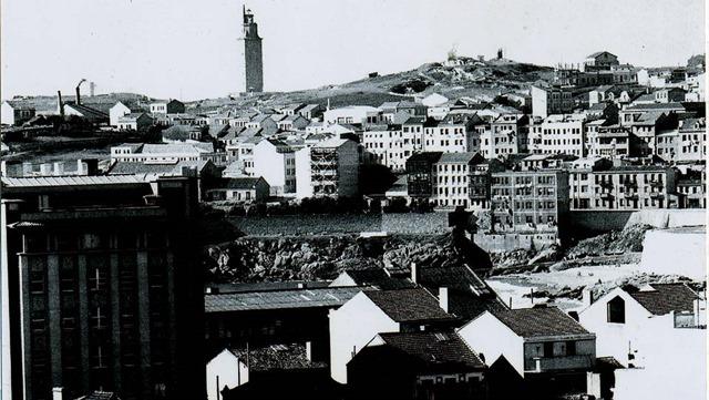 La torre de Hércules en 1961.