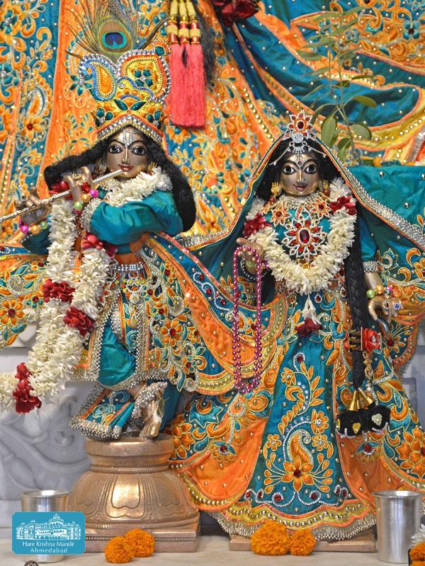 ISKCON Hare krishna mandir Ahmedabad 14 Dec 2016 (10)