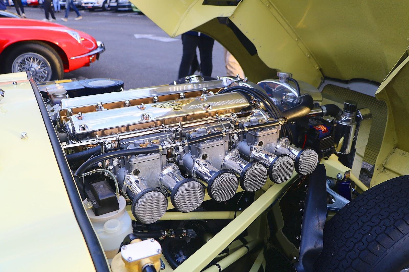 1964 Jaguar E-Type 3.8 Engine Bay.jpg