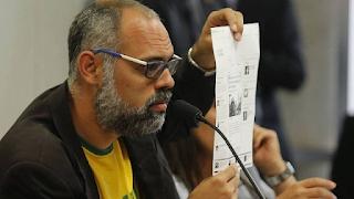 PF denuncia  blogueiro bolsonarista Allan dos Santos por ameaça a Barroso e incitação ao crime