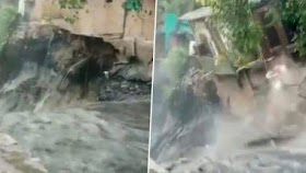 Houses Collapse and Drowns Due to Heavy Rainfall in Anna Nagar, Delhi