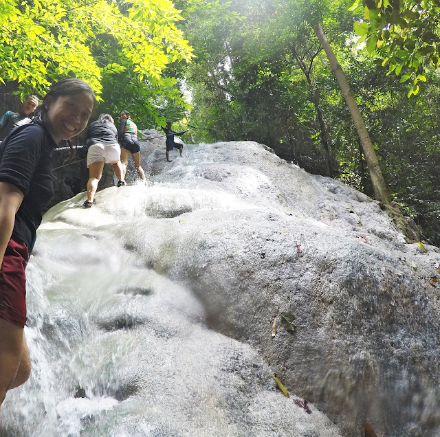 waterfall-chasing-in-cebu