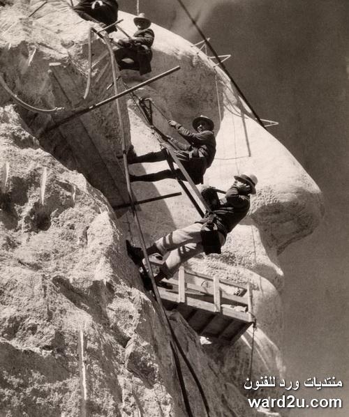 النحت فى جبال رشمون الامريكية ابداع النحات Gutzon Borglum