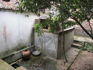 0043Ngo_Quyen_Temple