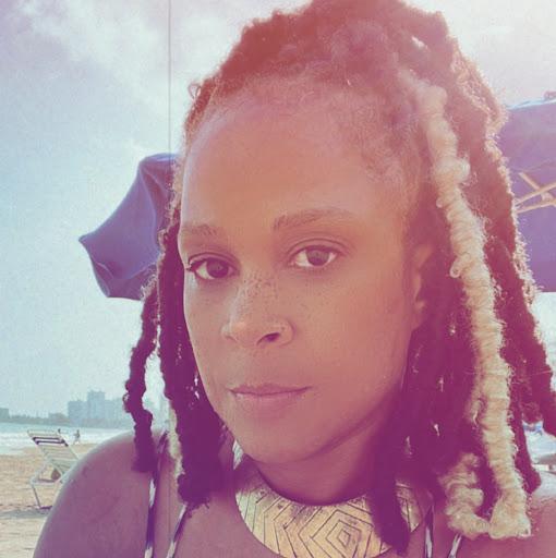 Adrienne Jones Photo 33