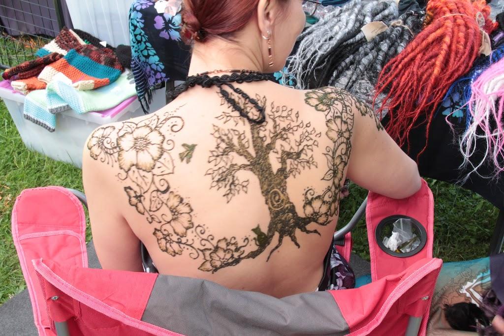 Henna Canvas