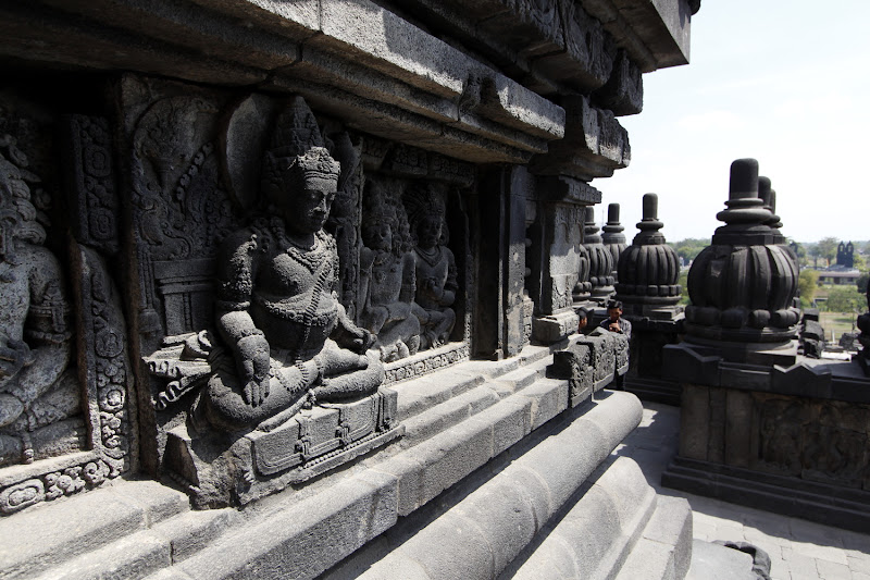 Detalle de un templo de Prambanan
