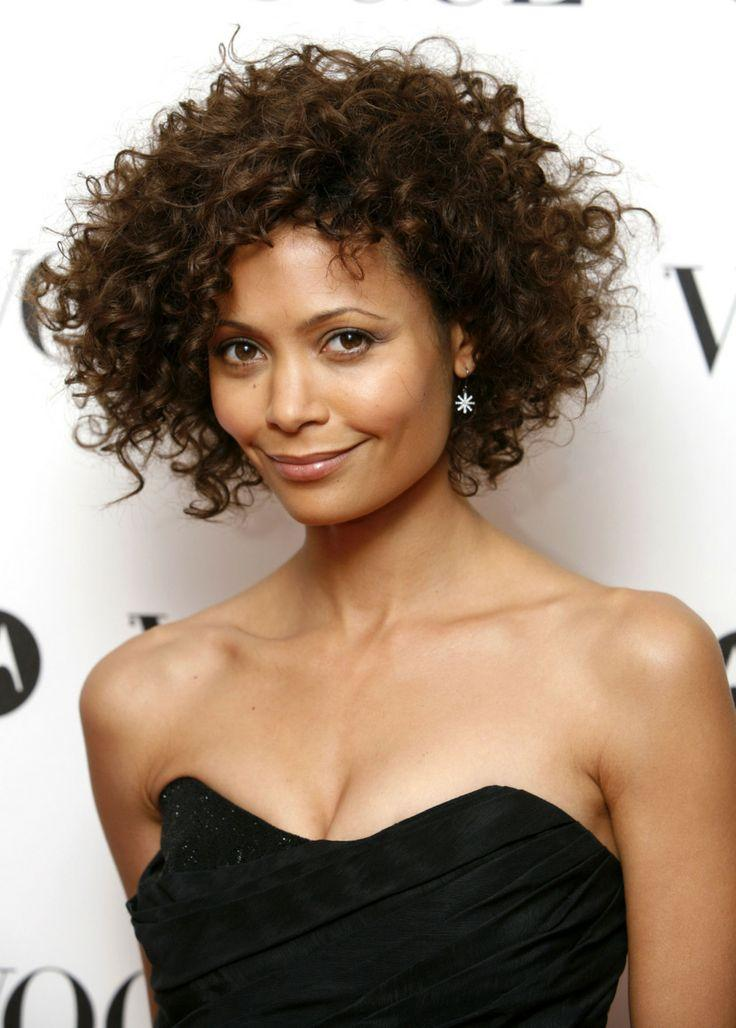 Haircuts for naturally curly hair 2016