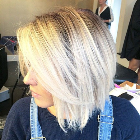 Latest Short Bob Hairstyles for Round Faces 7