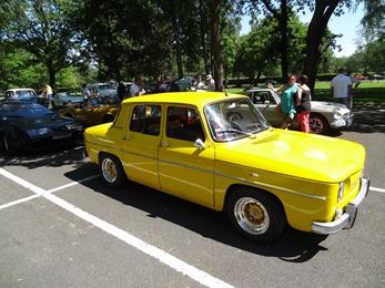 2018.05.27-020 Renault R8 jaune