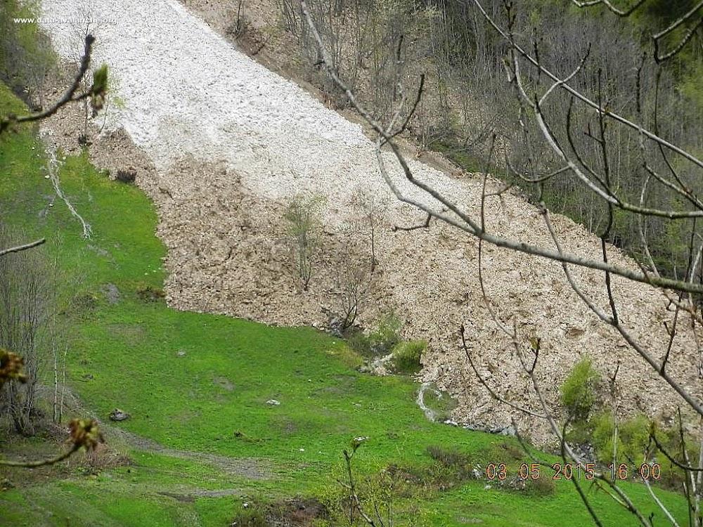 Avalanche Haute Tarentaise, secteur La Thuile, Signal de l'Aiguille Rouge - Photo 1