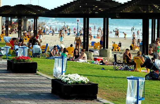 Na4alo kupalnogo sezona - Haifa 1.JPG