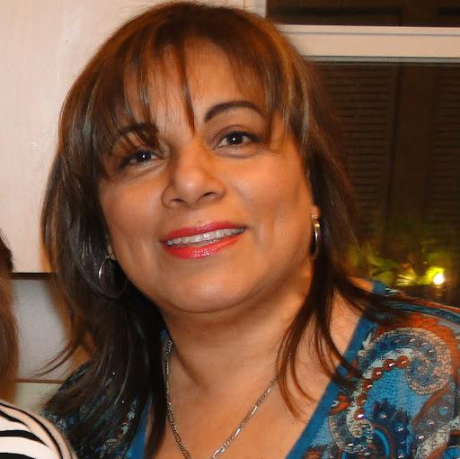 Julia Sarmiento