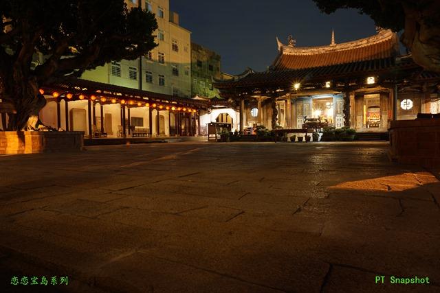 夜晚的龙山寺