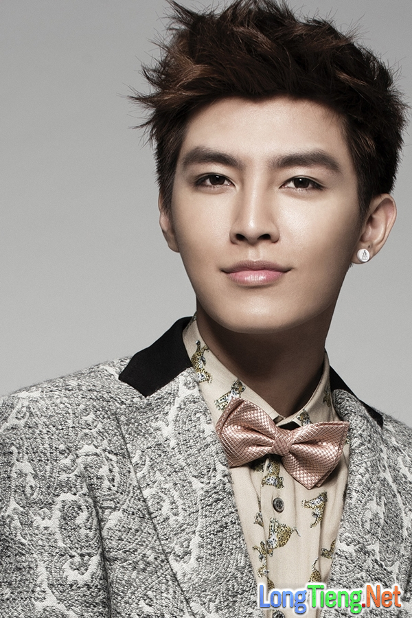 """""""Hậu Duệ Mặt Trời"""" Đài Loan được khen đẹp hơn Song Joong Ki - Ảnh 6."""