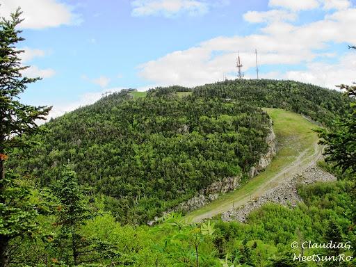 Tura la munte in Canada. Mont Orford.  partie de schi