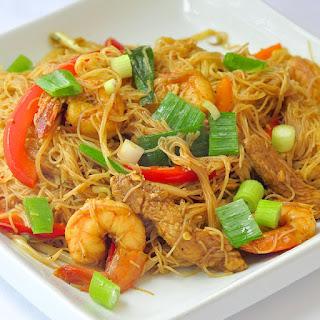 Singapore Style Noodles.