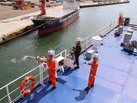 太平洋フェリー「いしかり」 仙台港入港準備