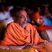 Swamiji_thinking_Vignetting.jpg