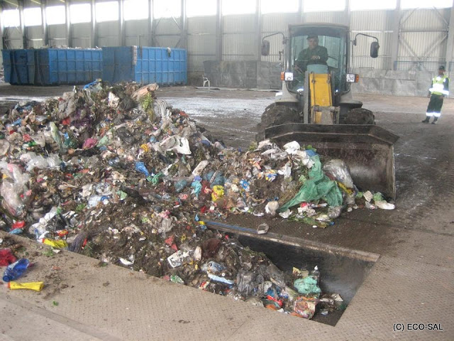 Staţia de sortare şi transfer a deşeurilor - 4.jpg